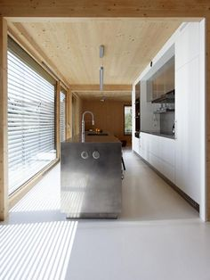 Lente House - Karawitz - Paris