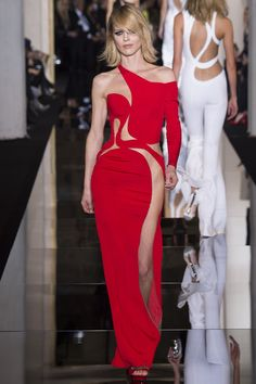 Vestido vermelho Atelier Versace 2015