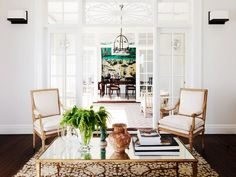 High-Impact+Home+Updates+You+Can+Make+in+an+Hour+or+Less:+These+quick+pick-me-ups+will+work+wonders+for+your+décor.+via+@domainehome