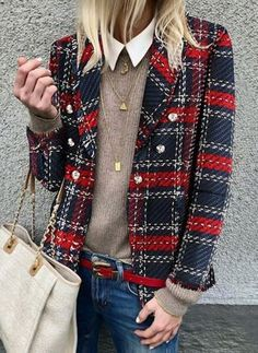 Plaid Jacket Womens woolen loose tartan jackets -chicokay – Outfit Inspiration & Ideas for All Occasions Fashion Mode, Look Fashion, Winter Fashion, Womens Fashion, Ladies Fashion, Feminine Fashion, 50 Fashion, Fashion 2018, Classy Fashion