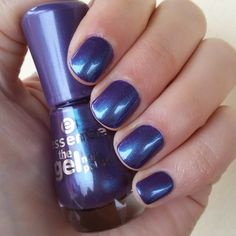"""CHIKI88...  my passion for nails!: Swatches: """"23 - Wonderfuel"""" - Essence"""