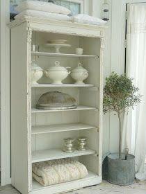 Rustic White Bookcase - via Finally White: Une belle armoire......