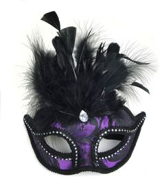 Lend a touch of classic style to your festive dressing this season using timeless accessories such as the Makers Halloween Brocade Mask with Feathers-Black Purple. This trendy mask features a unique p Halloween Masker, Harlequin Mask, Halloween Decorations, Halloween Party, Harvest Party, Glow Party, Festival Dress, Masquerade Ball, Online Craft Store