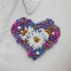Embroidered Brooch - Daisy Heart | wowthankyou.co.uk