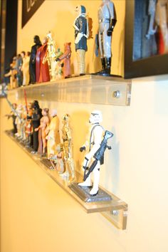 Awesome 32 Captivating Action Figure Display Design Ideas To Your Hobbies Toy Display, Display Design, Display Ideas, Gi Joe, Action Figure Display Case, Man Cave Office, Man Room, Star Wars Toys, Displaying Collections