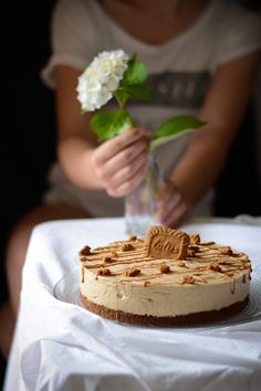 Speculoos Cheesecake - I have a real adoration for cheesecakes. I am fascinated by all the tastes, all the textures that i - Cheesecake Speculoos, Pumpkin Cheesecake Recipes, Cheesecake Bites, Easy Cake Recipes, Muffin Recipes, Homemade Cheesecake, Chocolate Cheesecake, Vegan Scones, Scones Ingredients