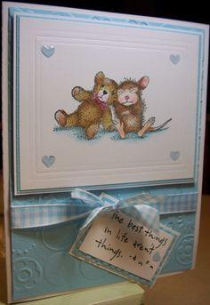 Item #2806 · House Mouse · Heart Prints