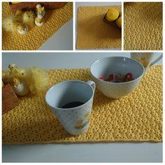 Heklet påskeduk i viftemønster   ninashekleverden Dog Food Recipes, Om, Tableware, Dinnerware, Tablewares, Place Settings