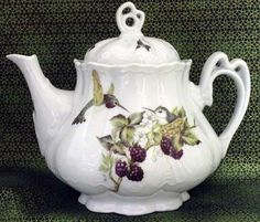 Ashley 5 Cup Hand Decorated Teapot 'Hummingbird' avail from 'rosesandteacups'♥≻★≺♥