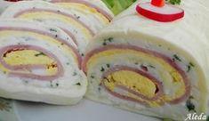 12 db Hochland szeletelt sajt, 10 dkg reszelt sajt(Trapista), 10 dkg sajtkrém, 10 dkg vaj, 9 szelet gépsonka, 5 tojás, 1 kiskanál mustár, só, fehérbors, petrezselyem levél