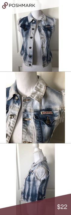 "HUDSON Girl's Distressed Denim Vest ~Size L~ HUDSON Girl's Distressed Denim Vest ~Size L~    Measures Approximately: total length 16.5"" bust across 15.5""  Item condition/notes: Great condition. Hudson Jeans Jackets & Coats Vests"