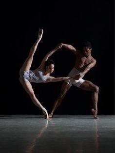 Ballerina / Балерина / Dance / Danza / Ballet M.Frey via Shelly Haia Shall We Dance, Lets Dance, Tumblr Ballet, Dance Like No One Is Watching, Dance Movement, Ballet Beautiful, Beautiful Lines, Dance Poses, Ballet Photography