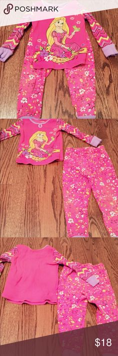 Adorable Rapunzel Tangled Set from Disney Store In EUC, no imperfections, no stains. Worn a few times and washed in Dreft.                                                                                             🏡 smoke and pet free home 🏡 Disney Matching Sets