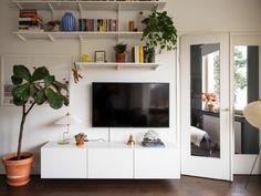 Historiska hem Scandinavian Interior, Flat Screen, New Homes, Stockholm, Interiors, Blood Plasma, Flatscreen, Decoration Home, Decor