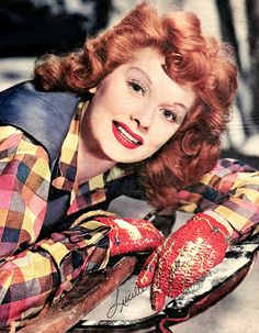 Lucille Ball love her. I Love Lucy, Vintage Hollywood, Classic Hollywood, Vivian Vance, Queens Of Comedy, Lucille Ball Desi Arnaz, Lucy And Ricky, Famous Faces, Hollywood Stars