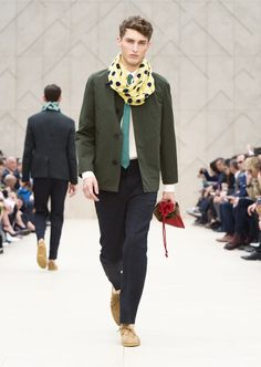 Yellow Summer Snood with a antique green caban jacket and suede shoes