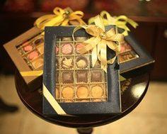 Gifts Dubai Beautiful Online Valentine Chocolates Gift Baskets