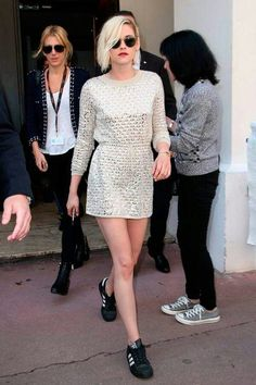The 80 Sneakers Kristen Stewart Paired With a Fancy Dress at Cannes via WhoWhatWear Sneaker Outfits, Dress And Sneakers Outfit, Cannes, Street Style Blog, Comfy Dresses, Casual Chic, Casual Fridays, Casual Attire, Fashion Outfits