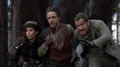 ... Robert Downey Jr. y Jude Law, en 'Sherlock Holmes: juego de sombras =>> For some NEW adventures with Sherlock Holmes visit Facebook.com/SherlockHolmesZombieSlayer.