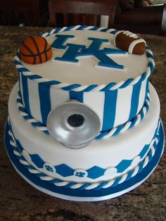 University of Kentucky Cake (without the balls and tuba)