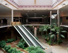 10 Incredibly Desolate Dead Shopping Malls