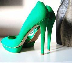 spring green heels