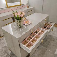 24 Ideas bathroom closet remodel walks for 2019 Walk In Closet Design, Bedroom Closet Design, Master Bedroom Closet, Bathroom Closet, Closet Designs, Girls Bedroom, Dressing Room Closet, Dressing Room Design, Dressing Rooms