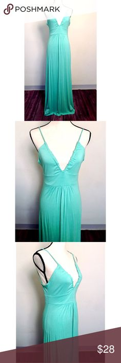 """🎉4for$25 BCBG Mint Maxi Dress Perfect summer/spring beach dress. Spaghetti straps with a cinching tie on the back. Plunging v neckline. Dress form measurements: Chest 34"""" x Shoulders 36"""" x Waist 27"""" x Hips 36.5"""" x Neck 12.5"""" BCBGeneration Dresses Maxi"""