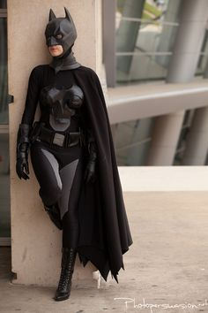 Damilyn looks amazing cosplaying her genderbent version of Batman! Nope, not Batwoman or Batgirl, it's femme Batman!