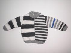 Pull bébé tricoté main - à rayures grises et écrues - taille 6 mois : Mode Bébé par le-bazar-de-tepahua