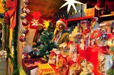 Find our Herrnhut Stars all over the Vancouver Christmas Market #vancouverchristmasmarket #mybrilliantstar #herrnhutstar #moravianstar