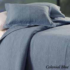 Reversible Elise Matelasse Quilt Bedding