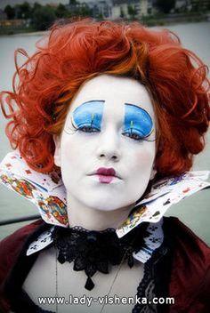 http://fr.halloween.lady-vishenka.com/costume-queen-hearts-halloween/ 7. Reine de Coeur — déguisement Halloween adulte - 41 IDÉES