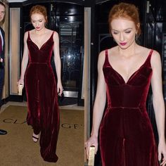 Eleanor Tomlinson in an Ong-Oaj Pairam velvet jumpsuit. Where's the head exploding emoji? . . #eleanortomlinson #ongoajpairam #redcarpetstyle #redcarpetfashion #celebstyle #celebritystyle #celebrityfashion