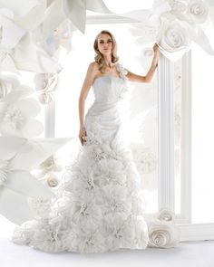 Sleeveless One Shoulder Chapel Train Satin Organza Mermaid Wedding Dress