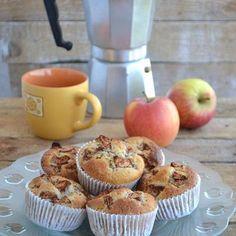 Muffiny z jabłkiem i cynamonem (autor: mufinka79) - DoradcaSmaku.pl Tasty, Yummy Food, Food Photo, I Foods, Cooking Recipes, Kitchen Appliances, Sweets, Breakfast, Cake
