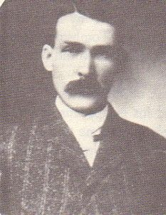 Warren Baxter Earp B: Mar. 9, 1855 Pella, Iowa, USA D: Jul. 6, 1900 Willcox, Arizona, USA The youngest of the Earp Brothers. He came to Tombstone right after Morgan's death to help in bringing Morgans' body back to Colton, California for burial. He was with Wyatt in the Vendetta ride in going after those people with the Clanton and McLaury families who murdered their brother. Warren was shot and killed by Johnny Boyette in Willcox in 1900.
