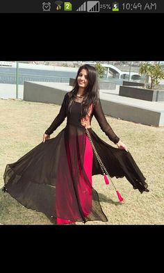 long black kurta with pink skirt Pakistani Dresses, Indian Dresses, Indian Outfits, Girl Fashion, Fashion Dresses, Modele Hijab, Indian Designer Suits, Kurta Designs, Saree Dress