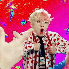 #V // BTS (방탄소년단) 'IDOL' Official MV