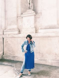 Ultimate casual dress-over-jeans look Dress Over Jeans, Style Fashion, Fashion Outfits, Vienna, Street Style, Casual, Dresses, Fashion Suits, Gowns