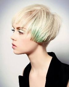 Short Blonde Hairstyles with tint of green Uk Hairstyles, Creative Hairstyles, Straight Hairstyles, Blonde Hairstyles, Global Hair, Hair Color And Cut, Hair Colour, Beautiful Long Hair, Simply Beautiful