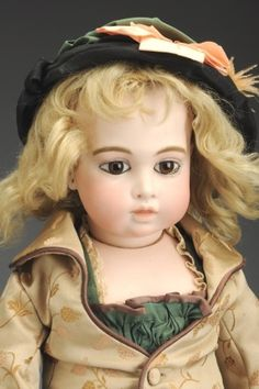 September 21 Doll Auction: Lot # 262 | Exceptional French Bébé Bru Doll #MorphyAuctions Reproduction, Madame Alexander, French Fashion, Antique Dolls, French Antiques, Disney Characters, Fictional Characters, Auction, Vintage