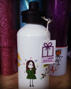 Botellas personalizadas !! Imagina lo que quieres y lo dibujamos para ti  #decovicio