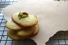 Pistachio-lemon langues de chat cookies