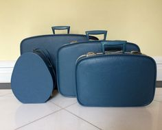 Retro Blue 4 Piece Nesting Luggage Set Suitcases by JaybirdFinds