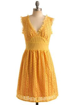 Love the eyelet and the yellow