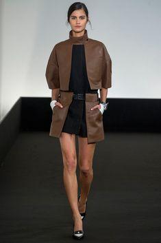 Hermès Spring 2013 Ready-to-Wear Fashion Show - Maud Barrandon (NATHALIE)