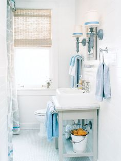 Small bath, but still super charming!