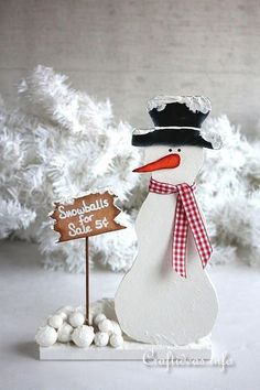 Wooden Snowman Selling Snowballs | This snowman decoration is not only cute at Christmas, but can be kept out all winter long ⛄️