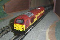 Hornby OO Gauge Model Trains Pictures Scenery for Model Trains at http://www.modelscenery.net
